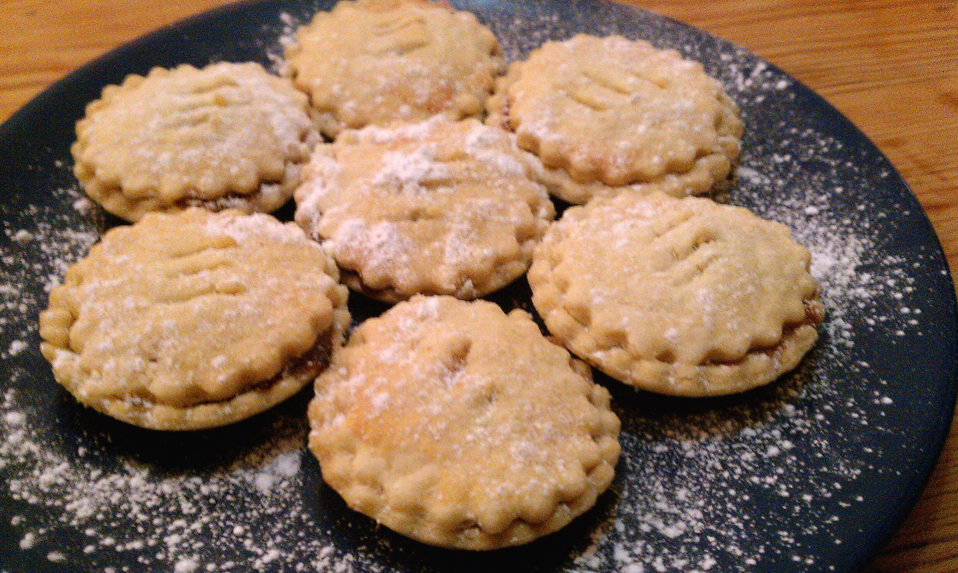 Mince pie recipe reviews: Delia vs BBC Good Food – Cake Takes the ...